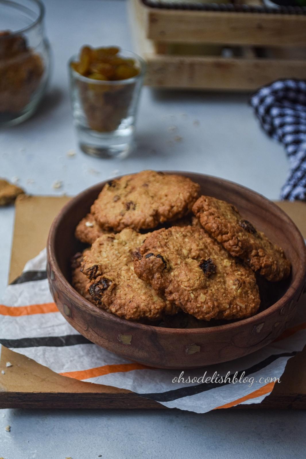Whole wheat oatmeal raisin cookies